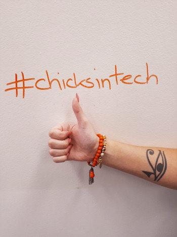 #chicksintech